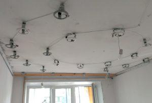 Подготовка мест под точечные светильники